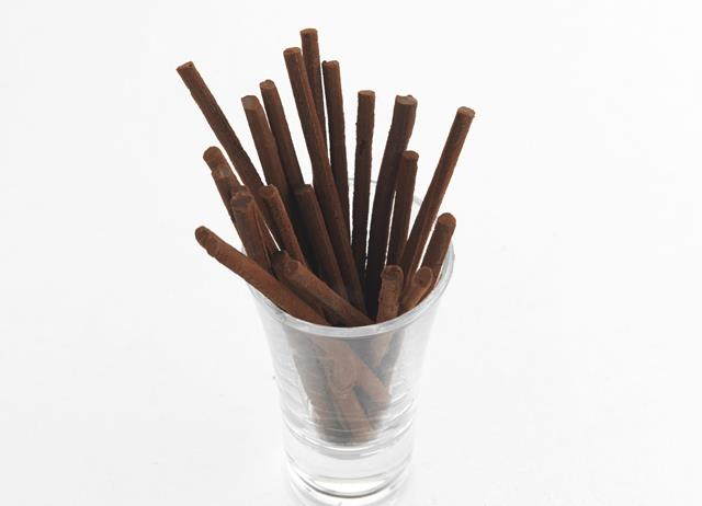 Chocolate and raspberry vinegar matchsticks