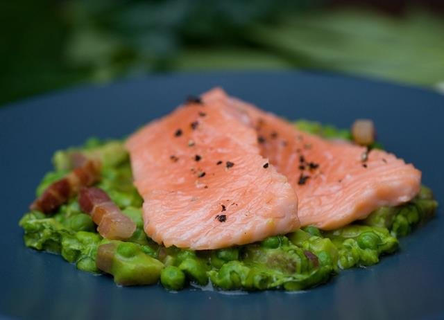 Confit of wild salmon with peas à la Française