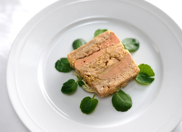 confit chicken terrine recipe great british chefs. Black Bedroom Furniture Sets. Home Design Ideas