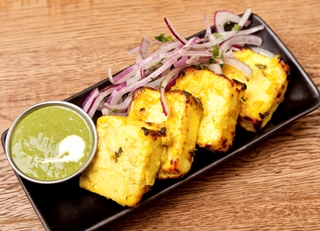 How to cook with paneer