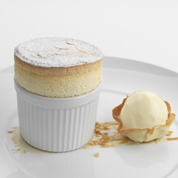 How to prepare a soufflé ramekin