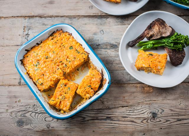 Cheesy carrot bake