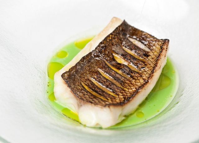Wild sea bass with pea and mint soup