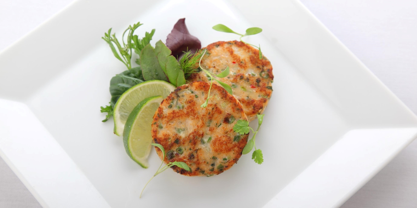 Crab Cakes With Cod As Binder