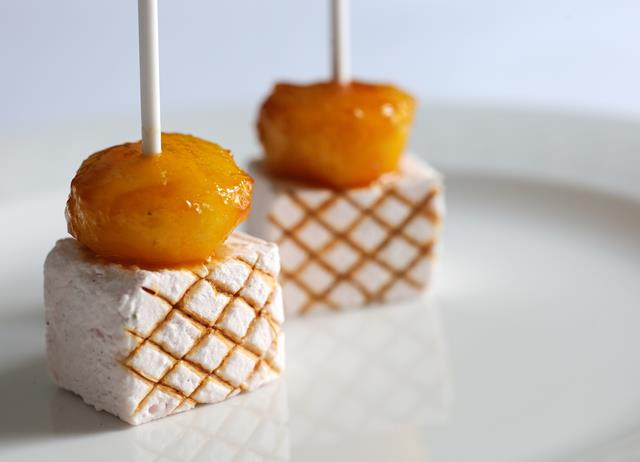 Toffee apple and marshmallow kebabs