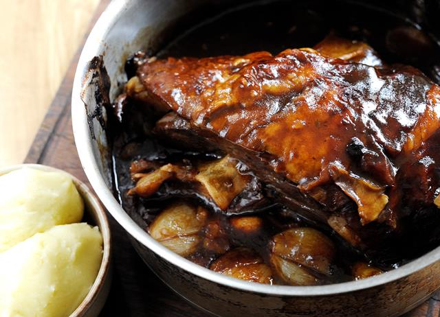 Braising and slow cooking