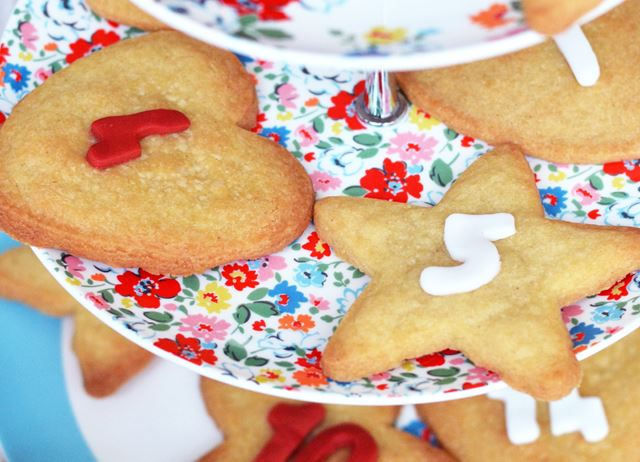 Advent calender gingerbread biscuits