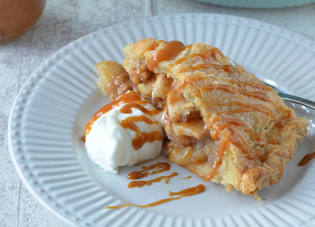 Banoffee apple pie