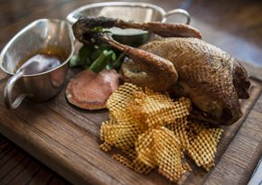 Roast grouse with game chips