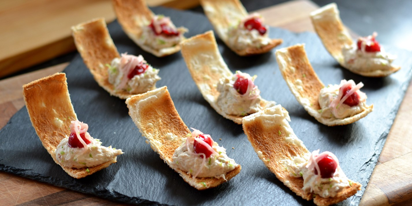 Smoked mackerel p t canap recipe great british chefs for Smoked oyster canape