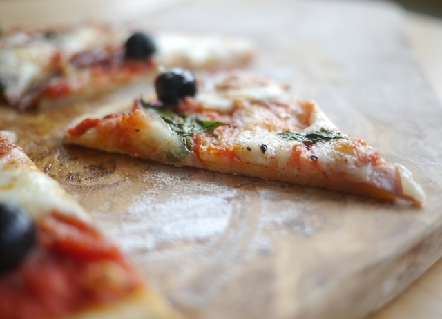 How to Make Gluten-free Pizza