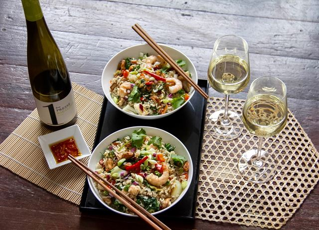 Stir-fried rice with seafood and pak choi