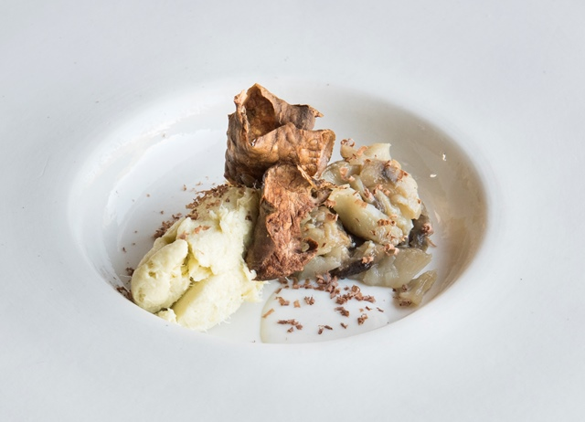 Baccalá with Jerusalem artichokes and smoked herring