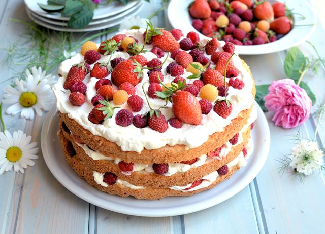 Swedish midsummer cake